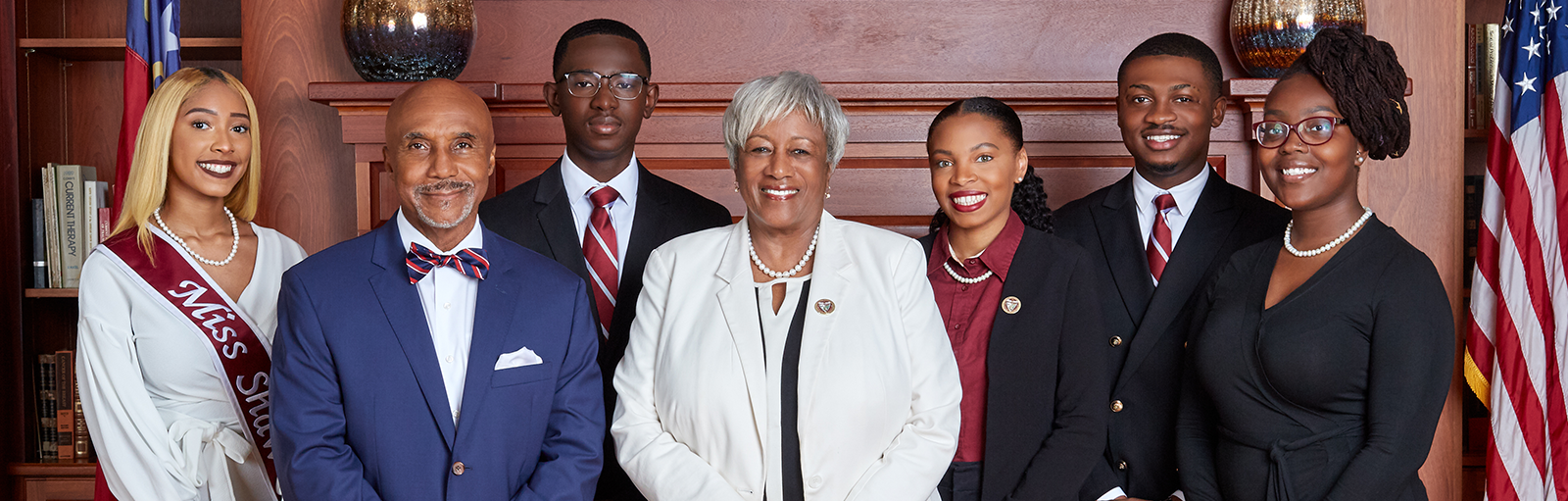 President Dillard and Dr. Powell with student leaders
